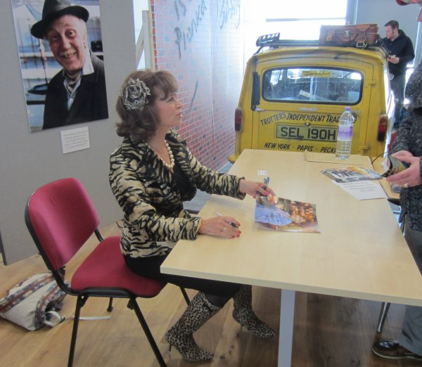 Sue Holderness signing autographs