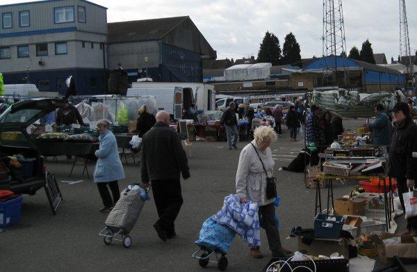 Roots Hall Market Photo 3