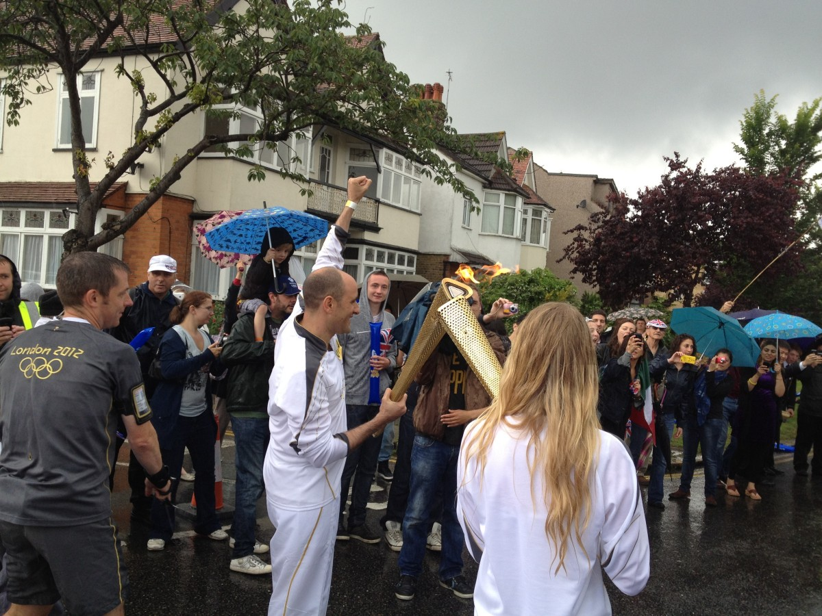 Olympic Torch in Southend – Pictures